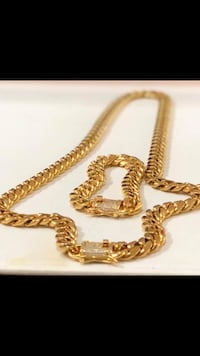 Cuban Chain and Bracelet 18Kt Gold Plated  New York, 11234