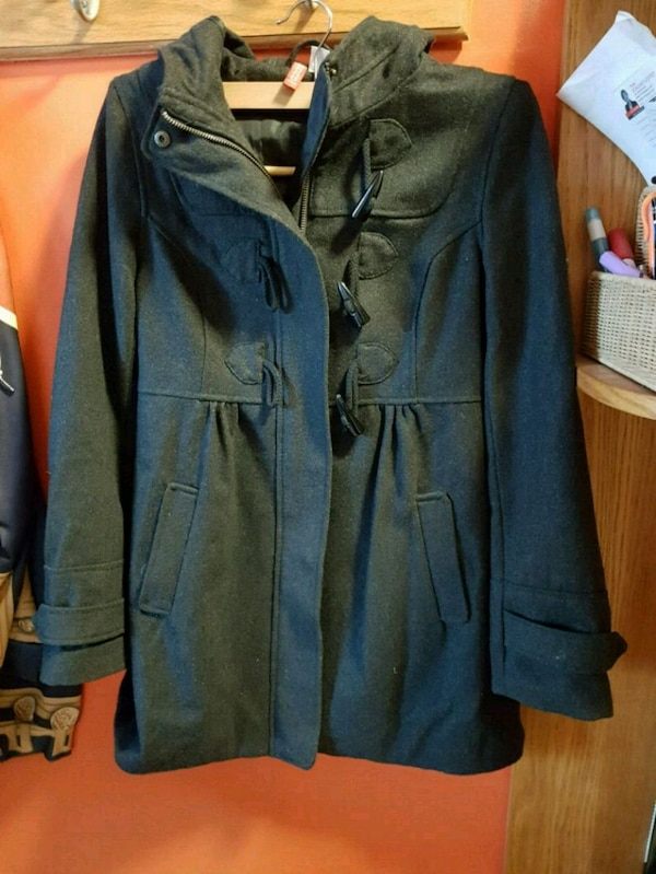 Women's jacket 60692e18-6169-4f84-96d3-b3653187bb79