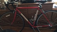 Lemond road bike good condition just need to put air in the tires haven't been used in awhile inner tubes are new comes with other parts  New York, 10460