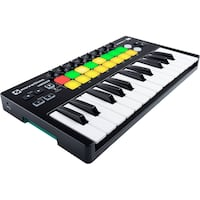 Novation Launchkey Mini w/ Hard Case Calgary, T2W 1T5