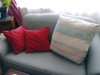 $12 for 3 decorative pillows  Toronto, M4S 1S5