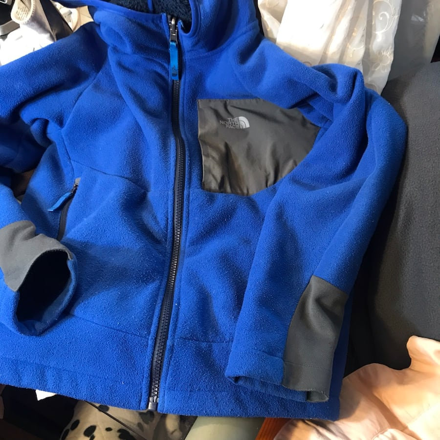 Northface polar w/ fluffy thick gray fur lining Youth MED $15