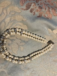 Fake white pearl beaded necklace