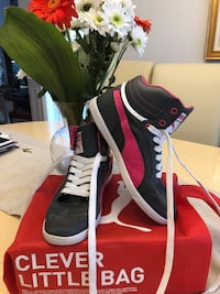 Puma  high tops size 8 grey and pink