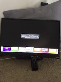 Flat screen smart tv and CD/DVD player with remote **NO OFFERS** Tucson, 85712