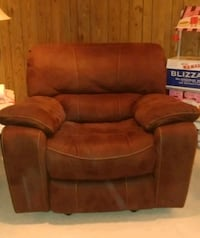 brown leather recliner sofa chair Nottingham, 21236