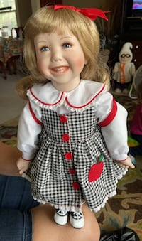 McMemories porcelain doll Portsmouth, 23703