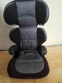 black and gray Cosco car seat