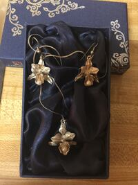 Genuine .925 silver orchids with fresh water pearls Burnaby, V5C 3T8