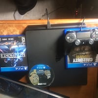 PS4 1TB and 4 games
