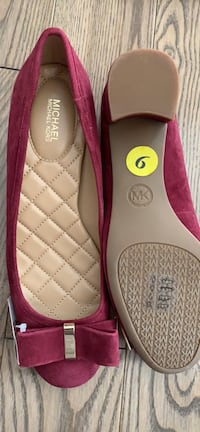 Brand new Michael Kors suede shoes size 9 Brampton, L6R 3L3