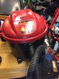 Red and black shop-vac vacuum cleaner Lower Sackville, B4C 3A6