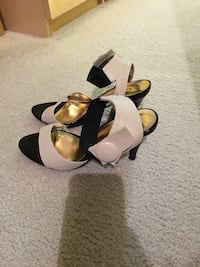 Black and nude sandals with ankle strap  Chicago, 60601