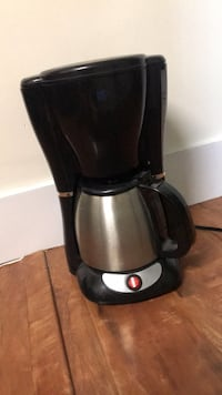 Coffee maker Surrey, V3S 5H7