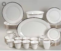 Lenox Solitaire China HUGE set, 12 place settings plus serving pieces Murfreesboro, 37129