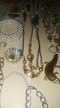 JEWERLY $20 for all West Palm Beach, 33405