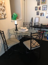 Dining room table set Portsmouth, 23703