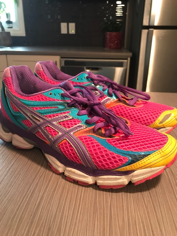 0007c1530254 Used pink-and-teal ASICS running shoes for sale in Leduc - letgo