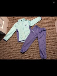 Under armour track suit size 4 girls