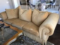 Golden yellow large couch with 3 pillows Richmond Hill, L4C 6B9