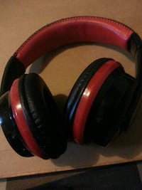 red and black wireless headphones Cleveland, 44108