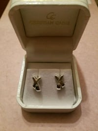 Christian Caine silver earrings Hagerstown, 21742
