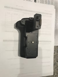 Canon brand battery grip new never used Coquitlam, V3B 0G2