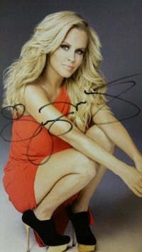 Jenny McCarthy autographed photo  Pittsburgh, 15222