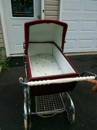 Old vintage baby carriage late 60s early 70s Toms River, 08753
