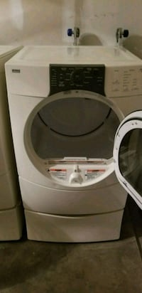 white front-load clothes washer Chantilly, 20152