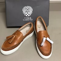 size 9 vince camuto leather slip-ons