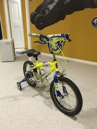 Toddler's yellow and blue bicycle with training wheel Skokie, 60076