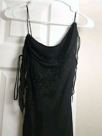 Black party dress with beaded flowers size 2  815 mi