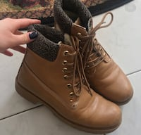 Size 7.5 boots, good for fall/winter. Warm. Still in good condition Edmonton, T6K 1X6