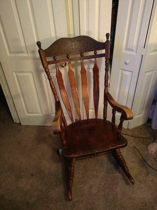 Antique rocking chair - Used Antique Rocking Chair For Sale In Virginia Beach - Letgo