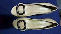 pair of white leather flats Mead, 99021
