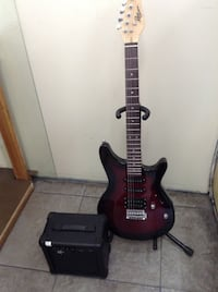 ELEECTRIC GUITAR WITH AMPLIFIER National City