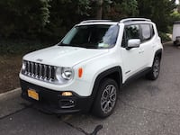 Jeep - Renegade - 2016 mint condition inside and out Oyster Bay