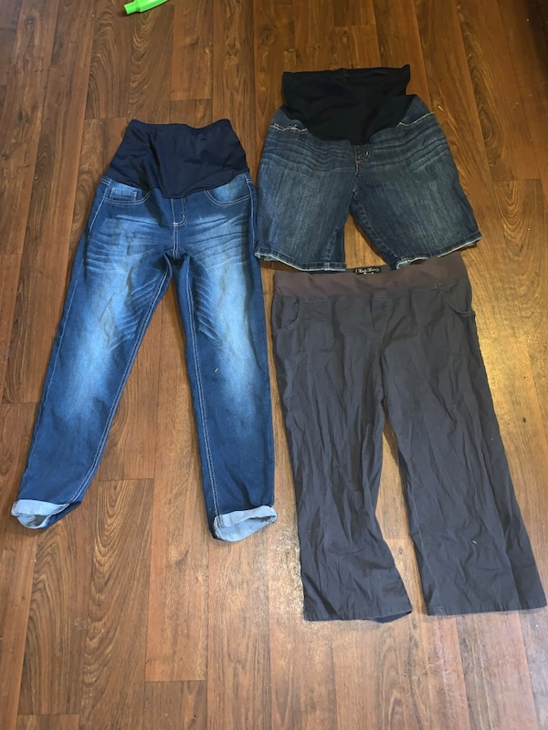 843f979f6eed Used Maternity pants lot for sale in Clyde - letgo