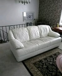 White Leather 3 seater Couch 35 mi