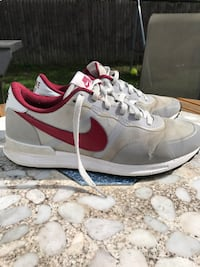 Nike Air Pegasus 83/30 size 10. Great condition, hardly worn.  Schenectady, 12303