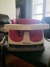 Ingenuity Baby Base 2 in 1 seat, very good condition
