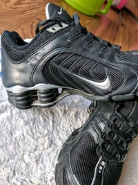 Nike Womens Size 6 Silver Spring, 20906