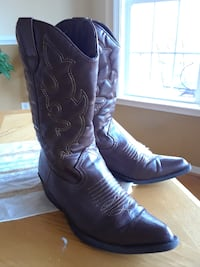 Madden Girl boots Chester