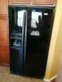 black side by side refrigerator with dispenser Temecula, 92592