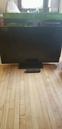 32 inch LED tv -works great! Minneapolis, 55407