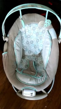 Ingenuity baby bouncer *price lowered*