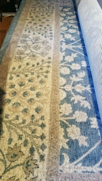 Costco rug for sale  Surrey, V4N 2H1