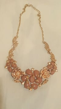 gold and pink beaded necklace San Benito, 78586