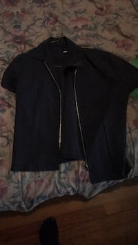 black zip-up jacket Burnaby, V5G 2A8